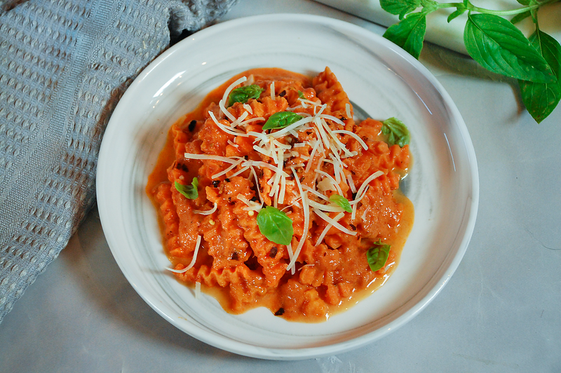 Rotini-with-vodka-sauce-2.png