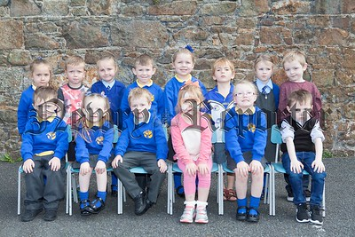 Primary 1 Pupils at Bunscoil an Luir. R1638012