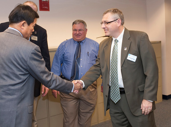 Thai Delegation Tours College of Technology