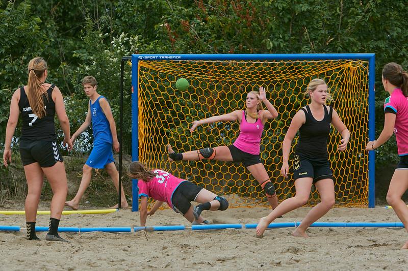 Molecaten NK Beach Handball 2015 dag 2 img 219.jpg