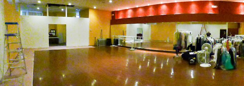 20141223 - Dance Dimensions 15 Cross Street - Hello - 153558.jpg
