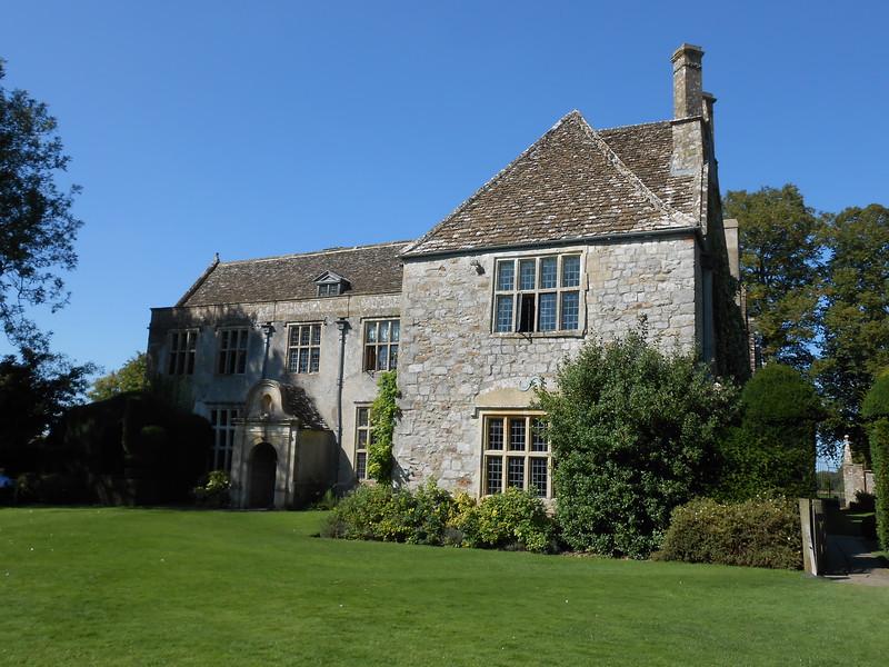 Avnury Manor