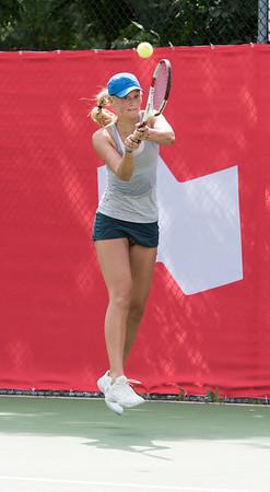 DAVID LIPNOWSKI / WINNIPEG FREE PRESS  Erin Routliffe (Canada) battles Francesca Di Lorenzo (USA) for the women's singles title at the National Bank Challenger Tennis Tournament at Winnipeg Lawn Tennis Club Sunday July 17, 2016. Francesca Di Lorenzo won the final.
