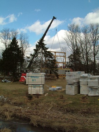 TImber Frame Raising