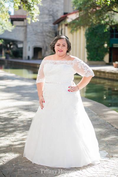 Las Colinas Canal Bridal Pictures- Debbie