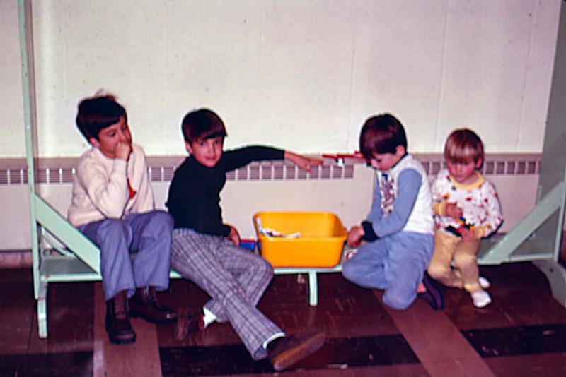1976-12-31 - Randy & Jeff, Matt & Mark Winslow - EP Pres New Year's Eve
