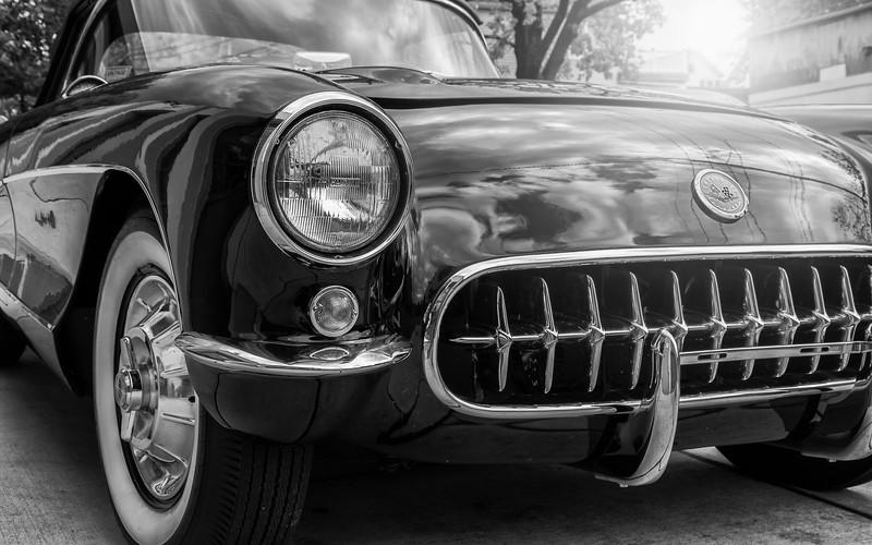 Corvette bw-.jpg