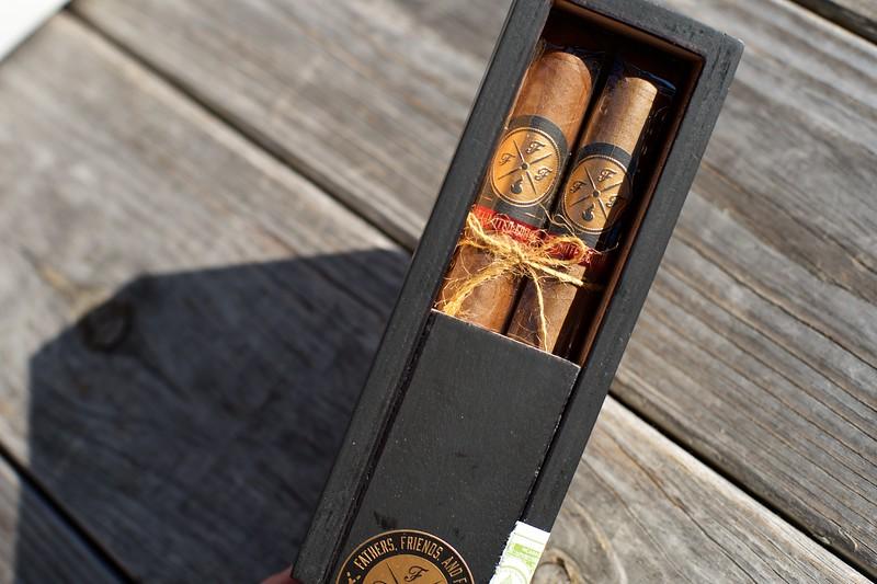 Cigars on the Patio with Ventura 6.jpg