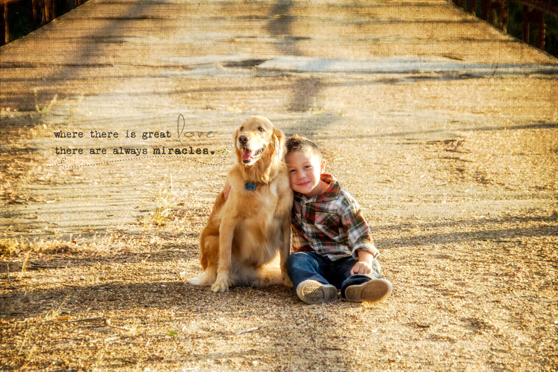 DSR_20121028Adorable Family w Aggie508-Edit.jpg
