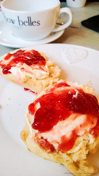 Woodget-130104-002--cake, jam, scone, strawberry - berries - food, tea, tea room.jpg