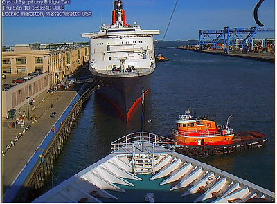 QE2 sails from Boston 9/18/08 webcam