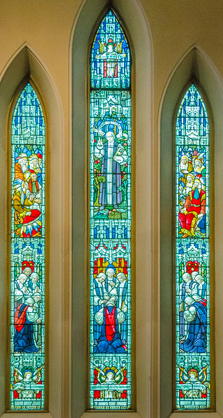 Consecration of Charles Inglis, Bishop of Nova Scotia (1787) <br> glass by Clayton & Bell, London