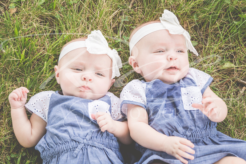 Twins3Months-100.JPG