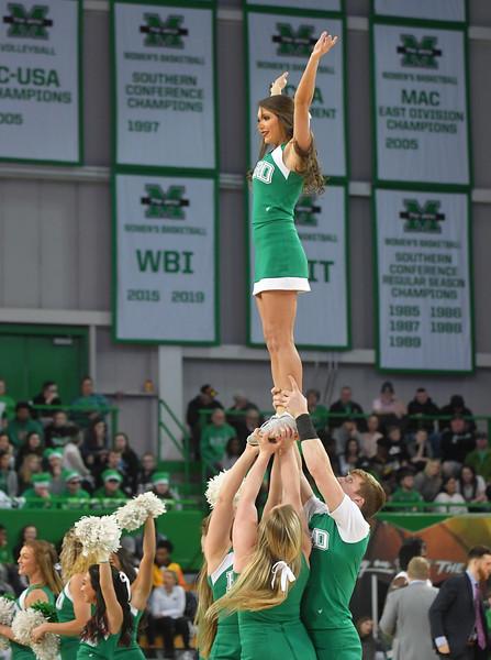cheerleaders4681.jpg