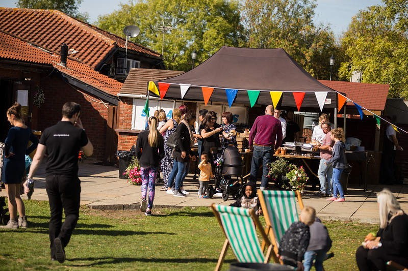 bensavellphotography_lloyds_clinical_homecare_family_fun_day_event_photography (225 of 405).jpg
