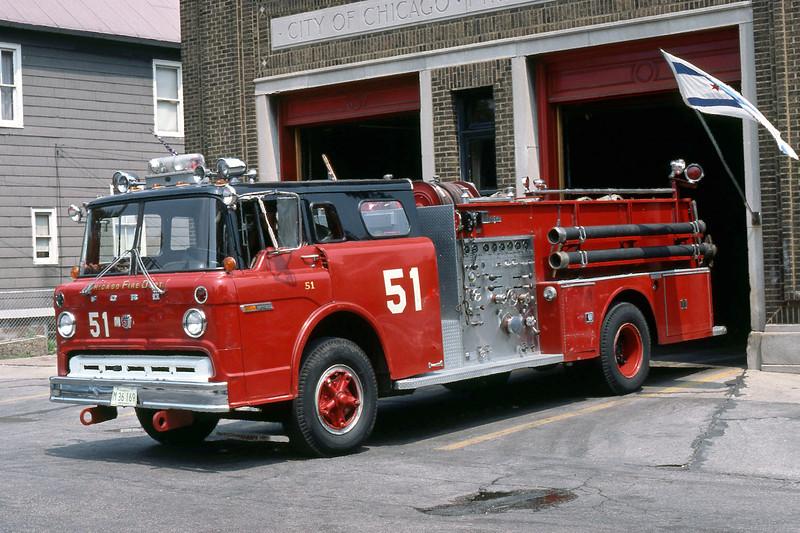CHICAGO  ENGINE 51  FORD C8000 - WLF   DON FEIPLE PHOTO.jpg