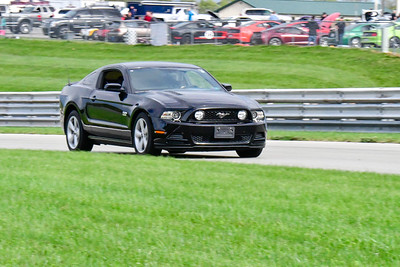 2020 SCCA TNiA Pitt Race Sept 30 Nov Blk Mustang Older