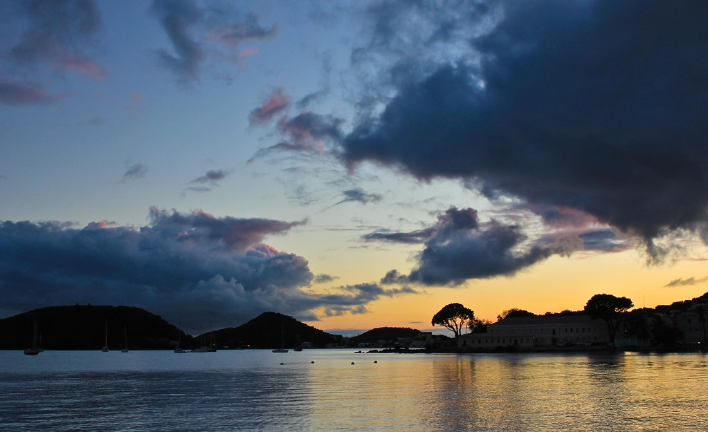 5/16/12 <br> Long Bay, Charlotte Amalie, St. Thomas <br> http://www.gmurrayphotography.com/Photography/Travels <br>