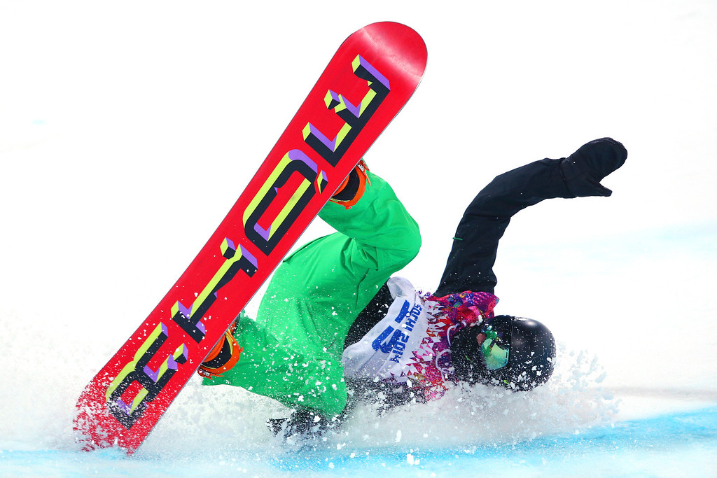 . Seamus O\'Connor of Ireland crashes out in the Snowboard Men\'s Halfpipe Semifinal on day four of the Sochi 2014 Winter Olympics at Rosa Khutor Extreme Park on February 11, 2014 in Sochi, Russia.  (Photo by Cameron Spencer/Getty Images)