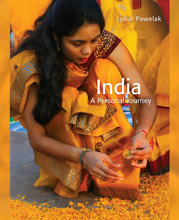 Book: India - Lydia Pawelak