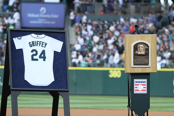 Highlights - Griffey Number Retirement Safeco