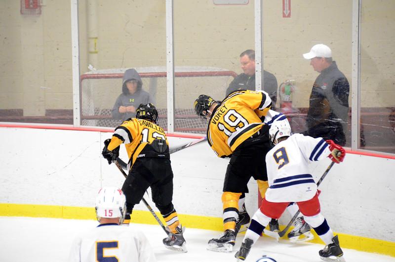 141004 Jr. Bruins vs. Boston Bulldogs-157.JPG