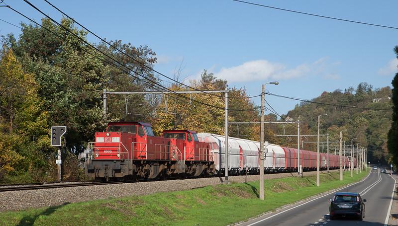 DBS-NL 6505 + 6513 on the 49633 (Beverwijk/NL - Jemelle) between Vise and Argenteau.