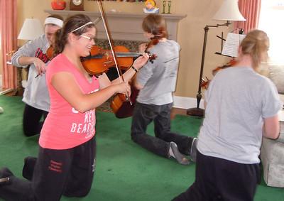 2011 03 19: H.S. Strings Practice (Carla Pics)