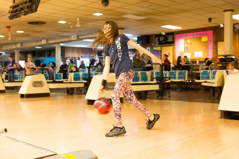 Maddie bowling-9677.jpg