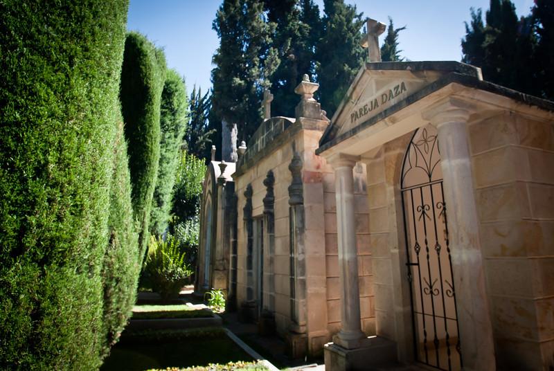 Sucre 201205 Cemetery (6).jpg