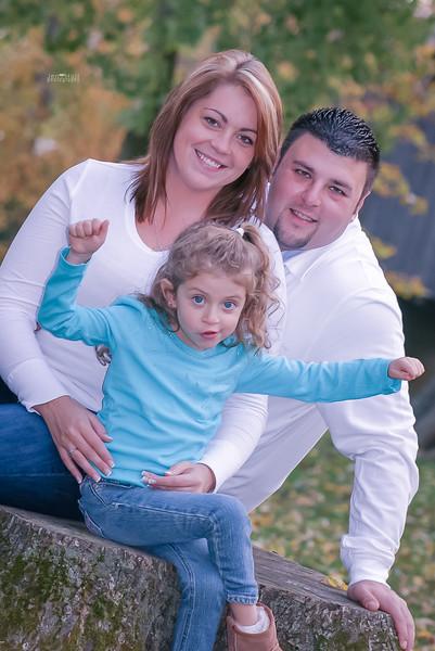 2011_10_10_ANT_FamilyPics_051_print.jpg