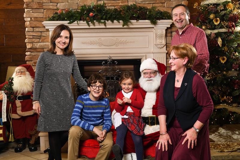 Santa2018.TylerBoye.-189.jpg