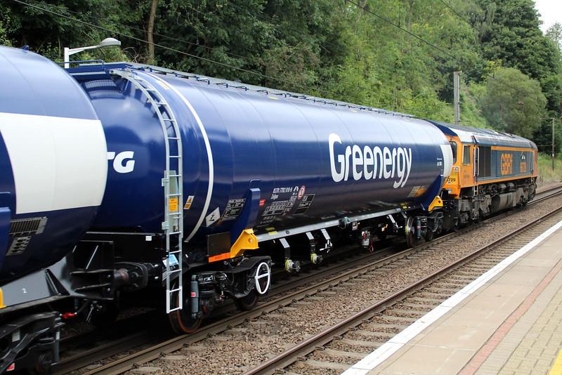 New GBRF TEA 83.70.7792016-8 on 6E92 Acton Lane-Immingham passes Welwyn North 23/08/12.