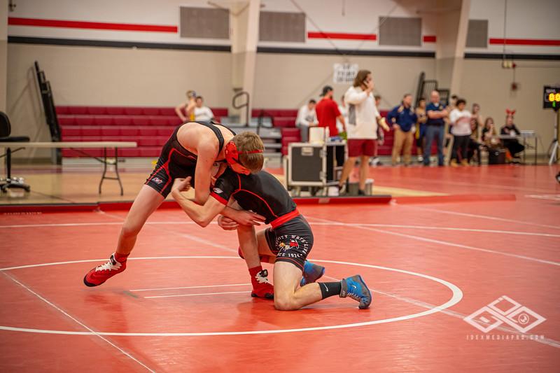 Wrestling at Granite City-09019.jpg