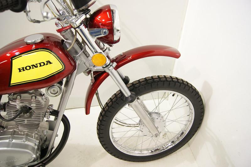 1972SL100 7-11 006.JPG