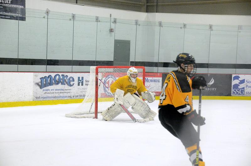 141214 Jr. Bruins vs. Bay State Breakers-083.JPG