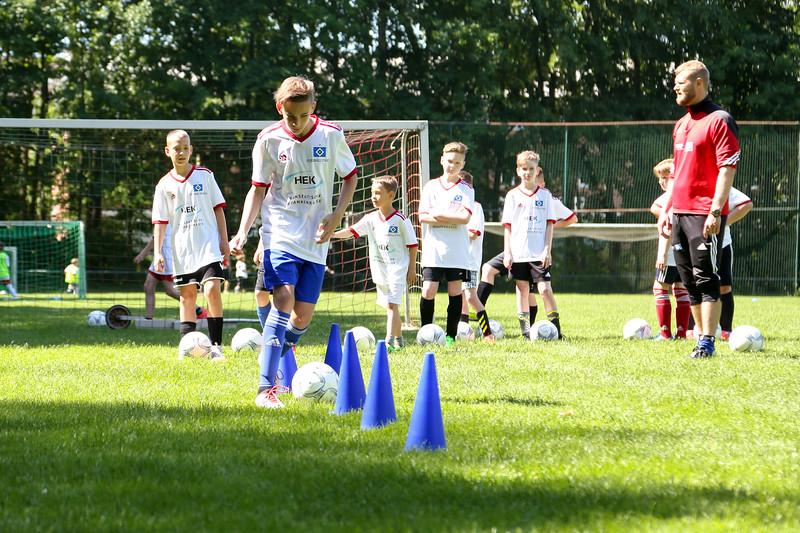 hsv_fussballschule-257_48047993653_o.jpg
