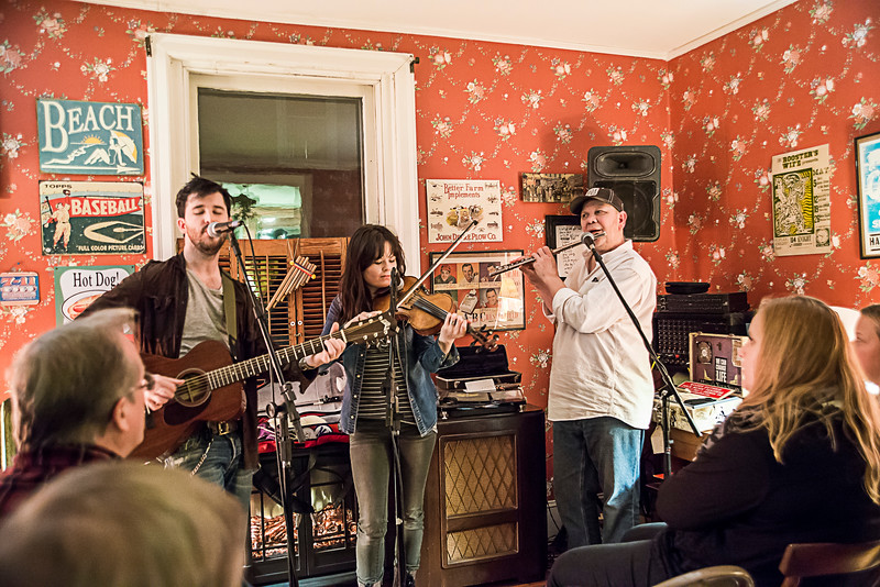 The Stacks Perform at Concerts at the Beach House