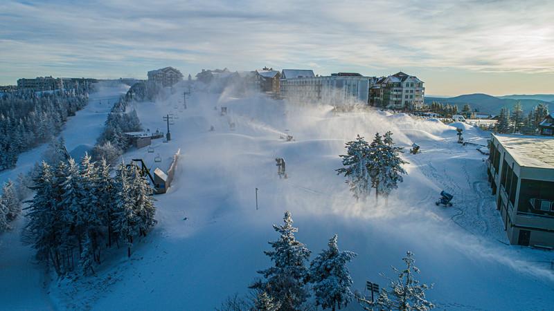 Snowmaking 1920-0023.jpg