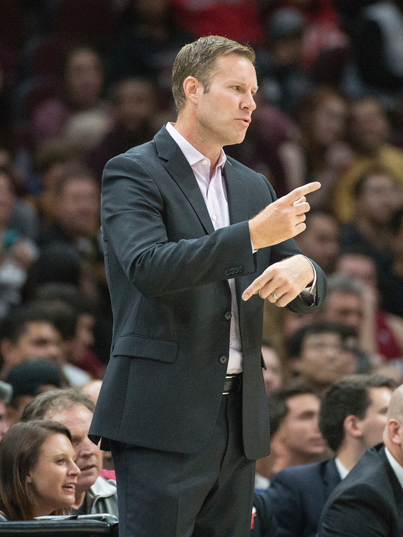. Chicago Bulls head coach Fred Hoiberg directs his team against the Cleveland Cavaliers during the first half of an NBA preseason basketball game in Cleveland, Tuesday, Oct. 10, 2017. The Bulls won the game 108-94. (AP Photo/Phil Long)