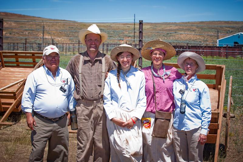 Trek Family Staff-66.jpg