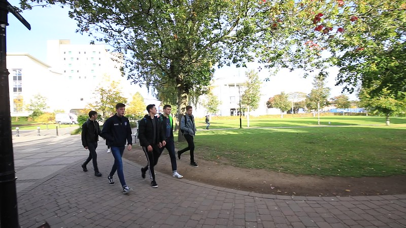 campus-green0010.MOV