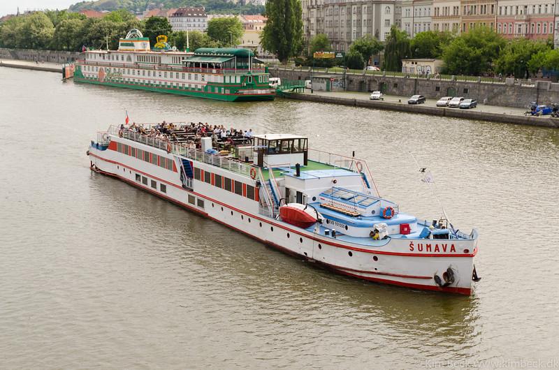 Praha 2011 #-19.jpg