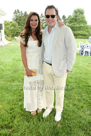 Alzheimer's Association Rita Hayworth Gala Hamptons Kickoff hosted by Anne Hearst and Jay McInerney at Ashgrove Farm  in Water Mill on Friday, July 28, 2017. all photos by Rob Rich/SocietyAllure.com ©2017 robrich101@gmail.com 516-676-3939