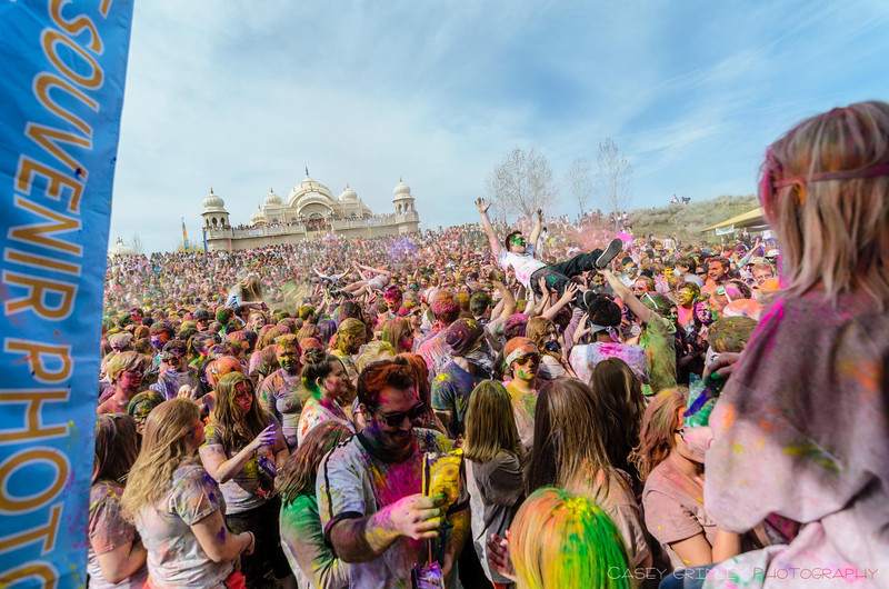 Festival-of-colors-20140329-190.jpg