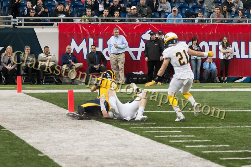 2014 Clarkston Varsity Football vs. Saline 574.jpg