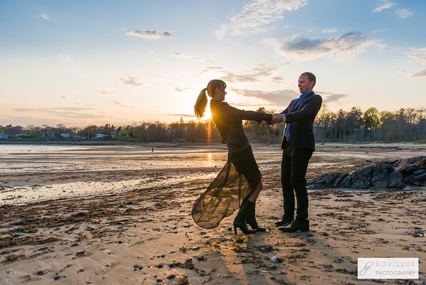 Tupper Manor Couple Photo Session
