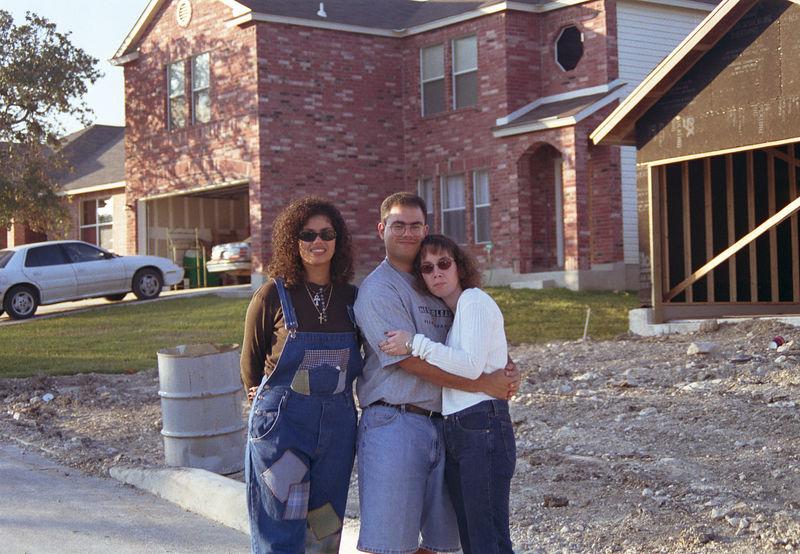 1998 11 25 - Mom's house being built 08.jpg