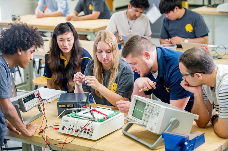 17339-Electrical Engineering-8262.jpg