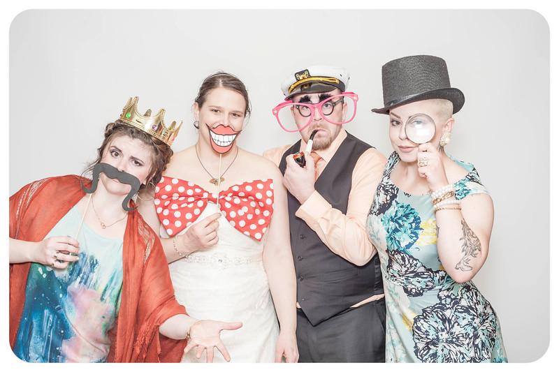 Anna+Caleb-Wedding-Photobooth-3.jpg